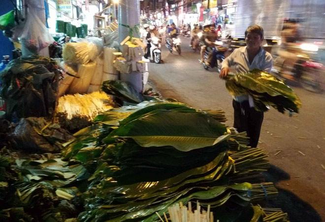 Chợ hoạt động cả ngày lẫn đêm, chỉ có vào dịp Tết ở Sài Gòn - 8