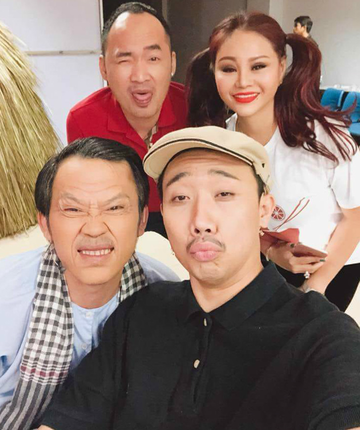 """""""Cát-xê tấu hài 10 phút của Hoài Linh, Trấn Thành ngày Tết lên đến vài trăm triệu đồng"""" - 3"""