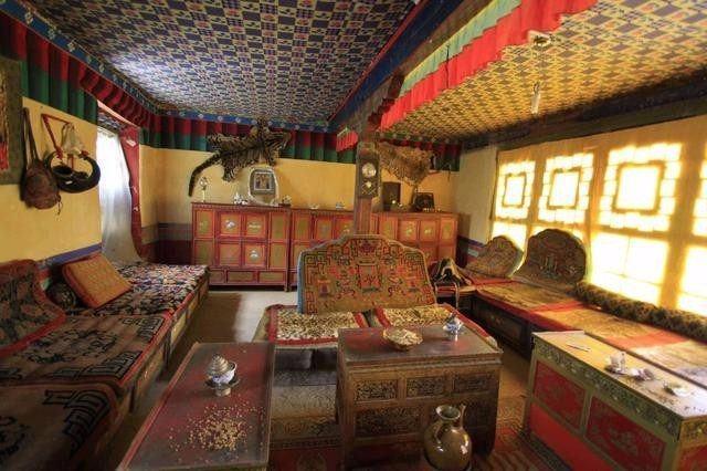 Ngắm biệt thự xa xỉ của quý tộc giàu nhất Tây Tạng - 4
