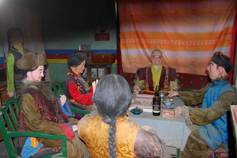 Ngắm biệt thự xa xỉ của quý tộc giàu nhất Tây Tạng - 5