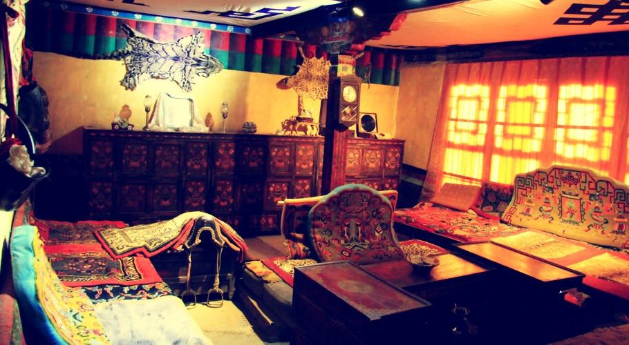 Ngắm biệt thự xa xỉ của quý tộc giàu nhất Tây Tạng - 7