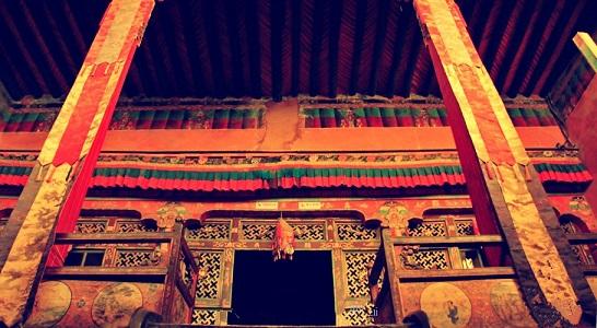 Ngắm biệt thự xa xỉ của quý tộc giàu nhất Tây Tạng - 10