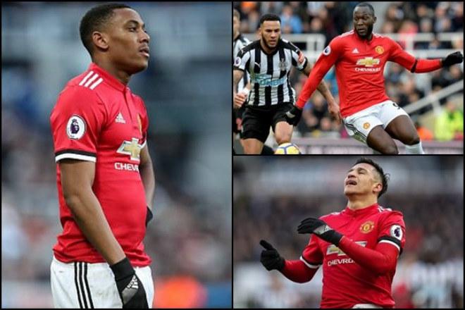 MU thua sốc, đội hình khủng hoảng: Cay cú Sanchez, Martial bất mãn 1