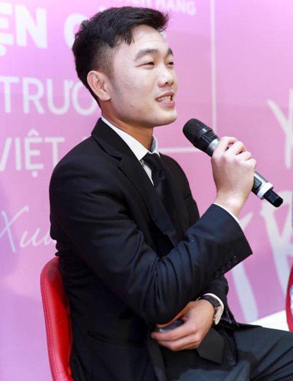 """Hốt hoảng với gương mặt """"đắp bột"""" của đội trưởng U23 VN Xuân Trường - 1"""