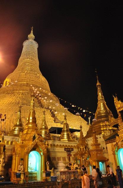 Tòa tháp xa xỉ nhất thế giới: Làm từ hàng chục tấn vàng, hàng nghìn carat kim cương - 3