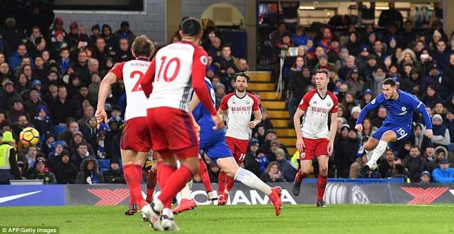 """Chelsea đại thắng: Hazard """"bung lụa"""", hăm dọa Barca 2"""