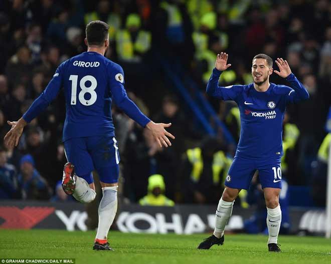 """Chelsea đại thắng: Hazard """"bung lụa"""", hăm dọa Barca 3"""