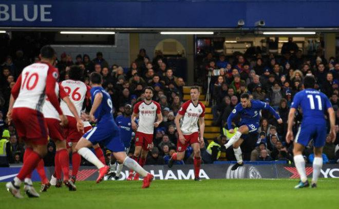 Chelsea trở lại top 4: Conte không khen ngôi sao, tri ân các fan 2