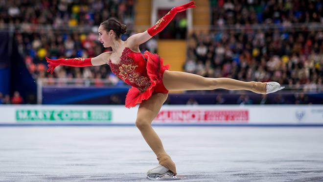 """""""Nữ thần"""" sắc đẹp 15 tuổi giật HCB, làm """"điêu đứng"""" Olympic mùa đông 2018 3"""