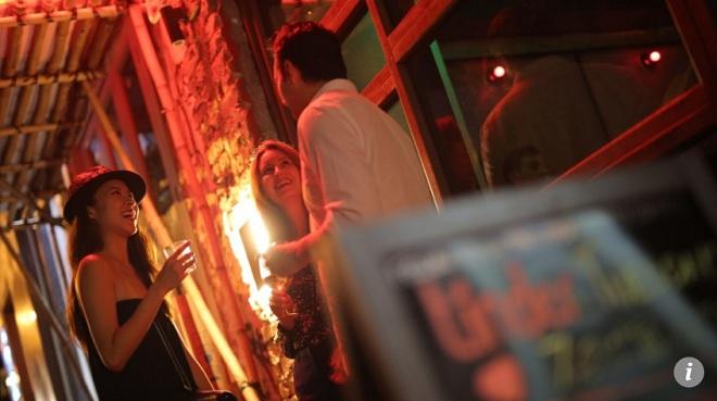 Những phụ nữ 30 tuổi chưa từng biết yêu ở Hong Kong - 1
