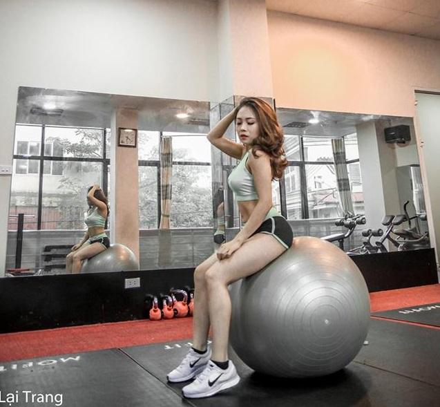 """Tập trên giường để sexy ngày Tết của """"hot girl 1m49"""" Bắc Ninh - 4"""