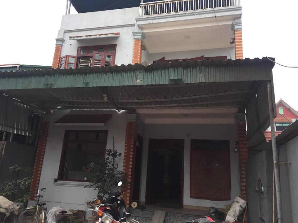 Dân làng Quan Độ phủ bạt lên nóc nhà đón Tết sau vụ nổ rung chuyển Bắc Ninh - 4