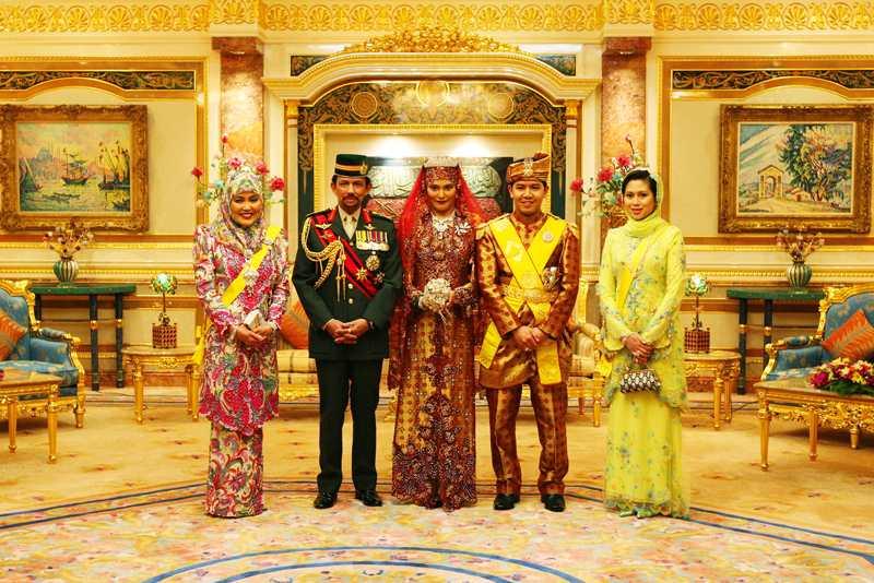 Khám phá cung điện dát vàng lớn nhất thế giới của nhà vua Brunei - 8