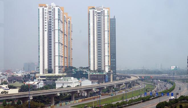 Đường cong uốn lượn của metro đầu tiên ở SG sau 6 năm thi công - 15