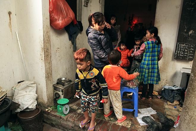 Ngày 29 Tết ở gia đình đông con nhất Hà Nội - 3