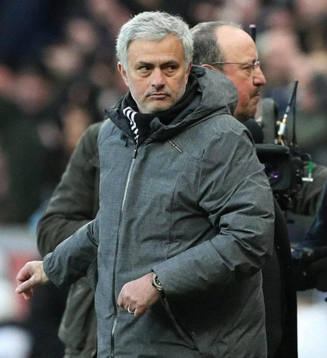 """MU 661 triệu bảng """"vứt đi"""": Mourinho đòi 1 tỷ bảng tậu 5 SAO Real 2"""