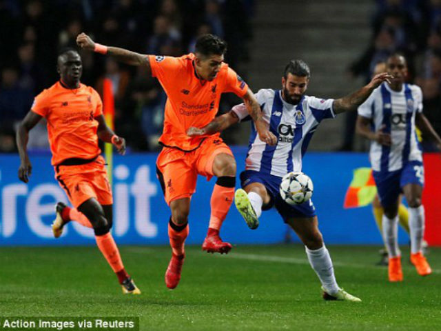 Liverpool hủy diệt Porto 5 bàn: Gerrard thơm lây, Salah hay hơn Messi 2