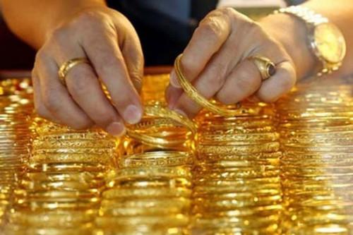 Giá vàng hôm nay 15/2: Vàng tiếp tục tăng ngày cuối cùng của năm
