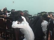 An ninh Xã hội - Hàng chục đôi nam nữ phê ma tuý ở quán bar trong ngày lễ tình nhân