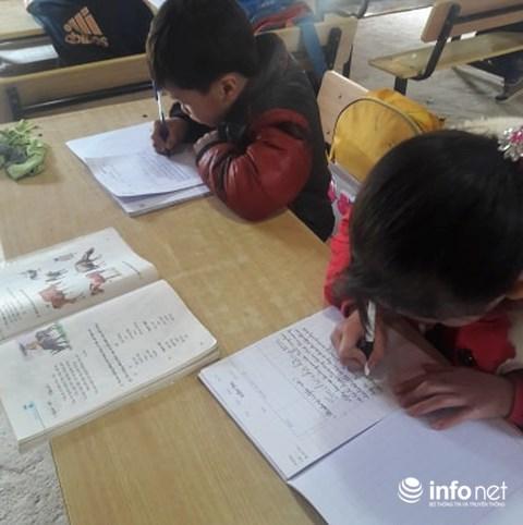 Gặp gỡ người thầy dùng cả tuổi thanh xuân để dạy chữ cho trẻ vùng cao - 2