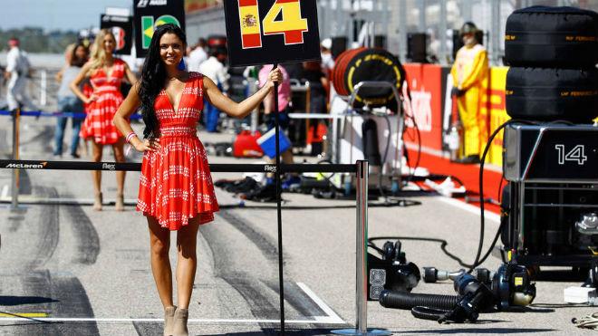 """Đua xe F1 2018: Thay thế """"chân dài"""", chỉnh giờ tránh World Cup 2"""