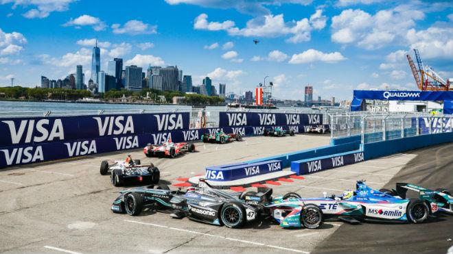 Đua xe Formula E: Đàn em trỗi dậy, tương lai mới của đua xe tốc độ 4