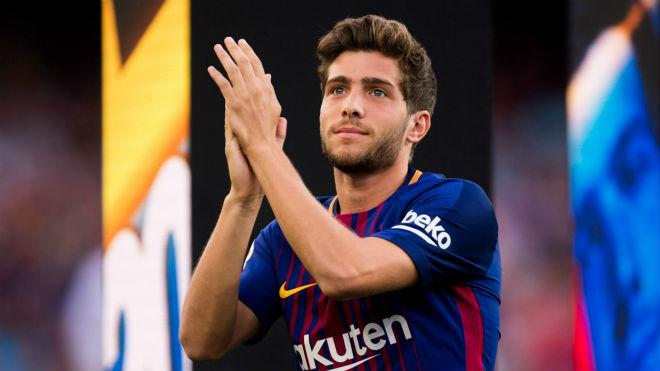 Chuyển nhượng MU: Nhắm sao đa năng của Barcelona 1