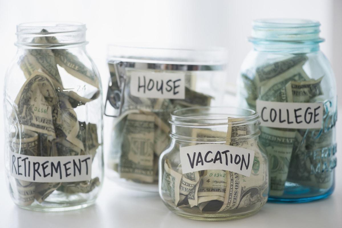 Muốn giàu hơn trong năm 2018, hãy bỏ ngay những thói quen này - 2