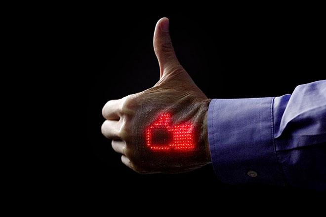 Nghiên cứu da điện tử có khả năng hiển thị thông tin sức khỏe