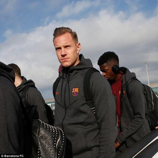 Dàn siêu sao Barca đổ bộ xuống London, sẵn sàng kéo sập Stamford Bridge 8