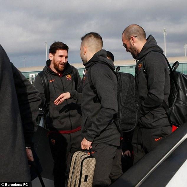 Dàn siêu sao Barca đổ bộ xuống London, sẵn sàng kéo sập Stamford Bridge 1