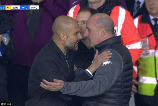 Man City thua sốc FA cup, Pep Guardiola suýt ẩu đả với HLV Wigan 7