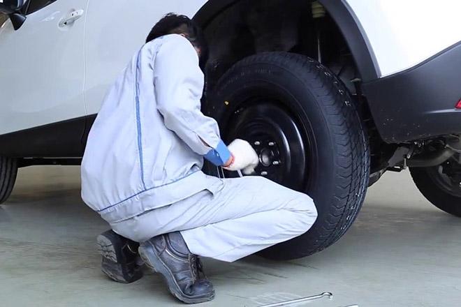 Tại sao lốp dự phòng luôn nhỏ hơn lốp chính? - 2