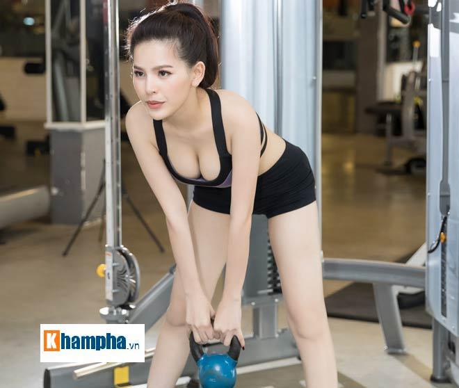 """""""Thánh nữ Mì Gõ"""" Trang Phi nóng bỏng tập gym, lộ chiêu giảm cân sau Tết 3"""