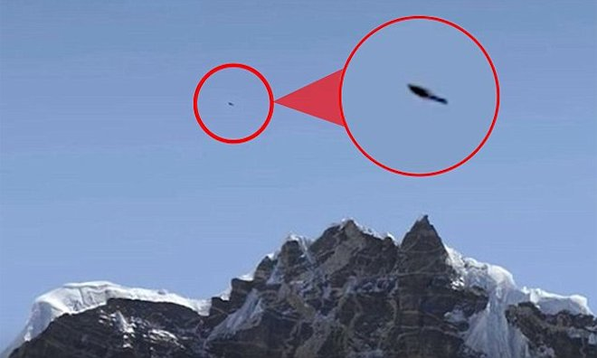 Phát hiện vật thể bay không xác định trên đỉnh Everest