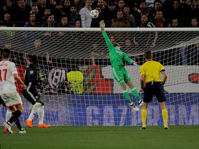 """Góc chiến thuật Sevilla – MU: Mourinho yếu bóng vía, """"Đấng cứu thế"""" De Gea 4"""