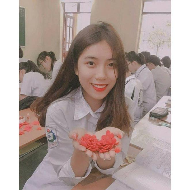 """""""Hot girl đấu vật"""" gây bão hội làng Hải Phòng vì quá xinh đẹp - 4"""