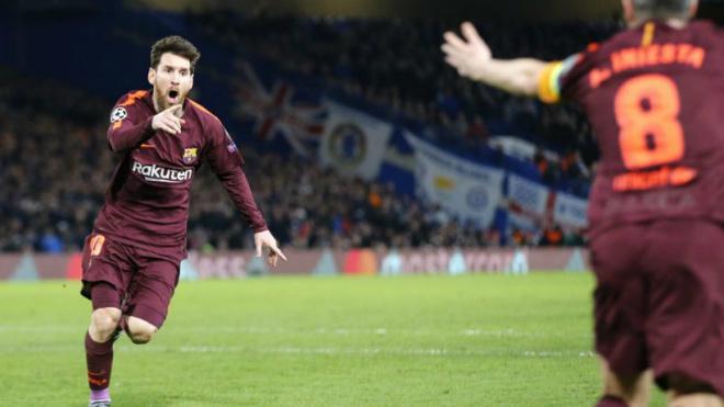 """Hạ thấp PSG – Chelsea, Ronaldo nhắn tin hẹn Messi đấu """"El Clasico"""" cúp C1 2"""