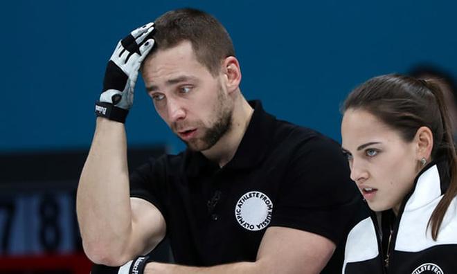 Vợ quá đẹp, nam VĐV bị xử tội: Đổ lỗi Olympic mùa đông có kẻ ghen tức - 2