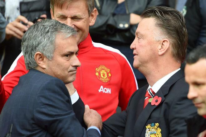 """MU khốn khổ: Mourinho """"đốt tiền số 1 lịch sử"""", sẽ bị trảm như Van Gaal? 3"""
