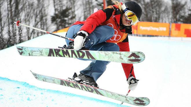 Nữ VĐV đã xinh lại cực quái: Lách luật gây náo loạn Olympic mùa đông 2