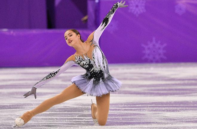 """Nữ thần 15 tuổi Olympic mùa đông: """"Đè"""" mỹ nhân, cứu cả """"đoàn Nga"""" 8"""
