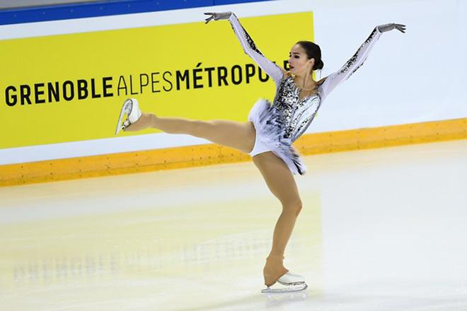 """Nữ thần 15 tuổi Olympic mùa đông: """"Đè"""" mỹ nhân, cứu cả """"đoàn Nga"""" 9"""