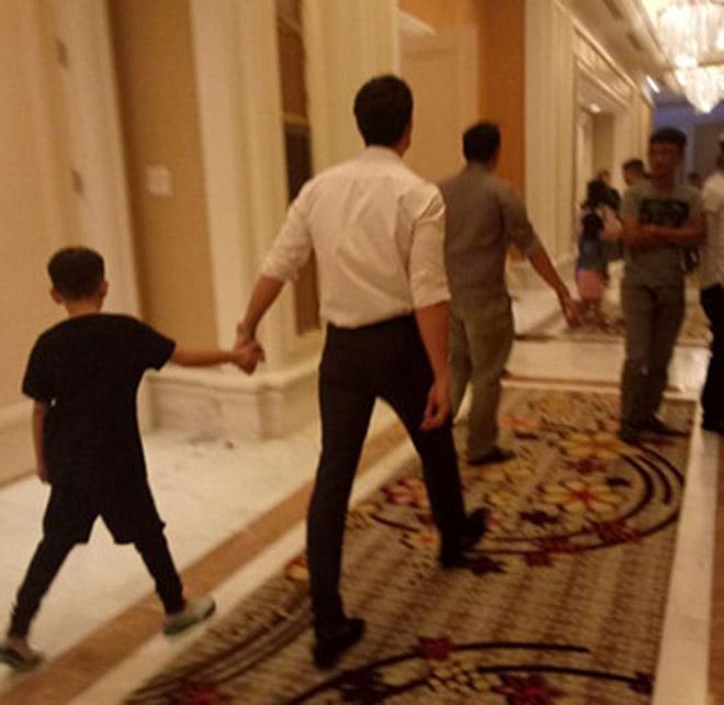 Kim Lý ngày càng được lòng con riêng và gia đình Hà Hồ - 4