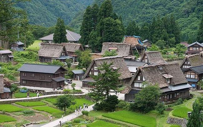 Lạc vào xứ cổ tích tại ngôi làng tí hon ngọt ngào - 9