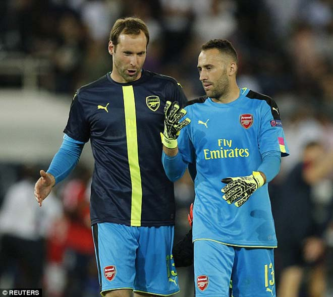 """Họp báo Arsenal - Man City: HLV Wenger """"trảm"""" Cech, sẵn sàng đôi công 1"""