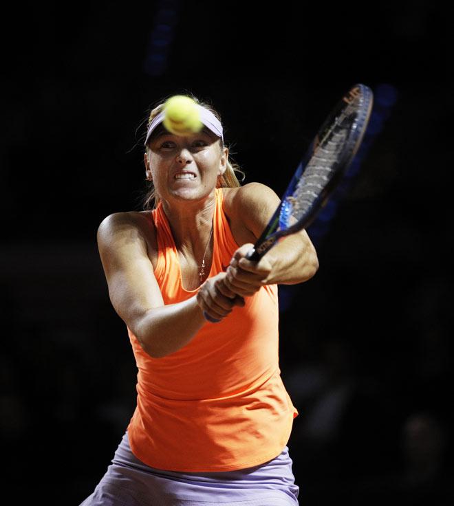 """Người đẹp Sharapova dính doping, cả làng quần vợt bị """"hành"""""""