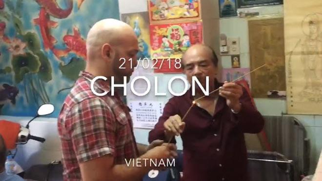 """Nóng: Rộ tin đồn cao thủ Flores về Việt Nam, tâm điểm Tuấn """"hạc"""" 1"""