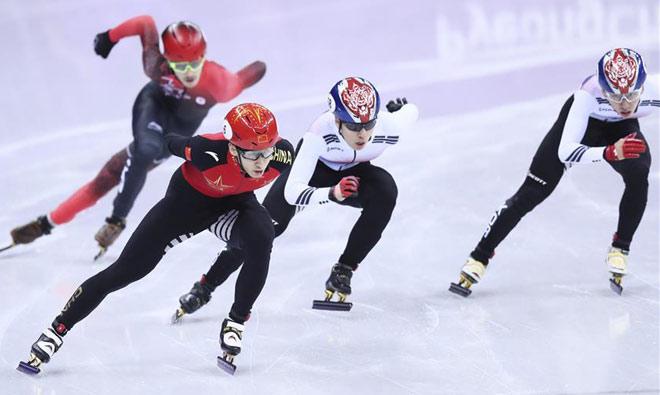 Sững sờ Olympic mùa đông: Siêu nhân Trung Quốc 60 phút phá 2 kỷ lục tốc độ