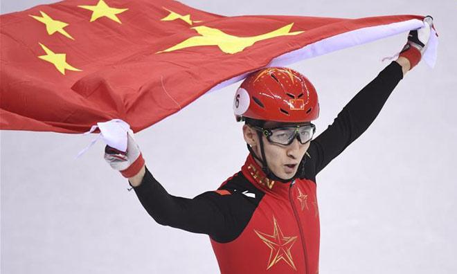 Sững sờ Olympic mùa đông: Siêu nhân Trung Quốc 60 phút phá 2 kỷ lục tốc độ 2